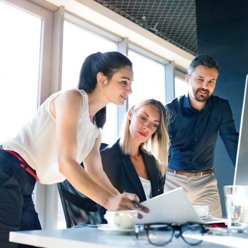 Amistad Y Confianza En Los Equipos De Trabajo